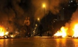 إخوان الشرقية يقطعون الطريق ويحطمون سيارات المارة