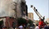 عاجل.. إصابة 9 بينهم 3 أمناء شرطة جراء حريق ببرج سكني
