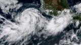 الإعصار ماريا يقترب من جزر العذراء ,,وذلك سيحدث ليلاً